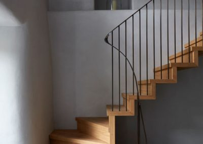 Listed building Consent for 1980's staircase replacement
